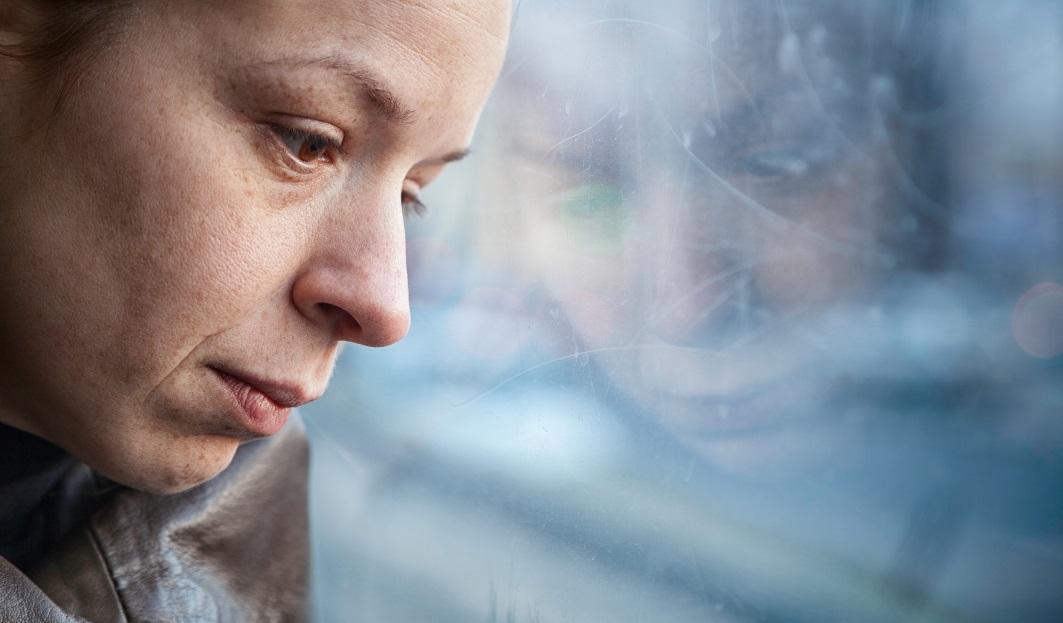 AdobeStock_women-with-depressions.jpeg